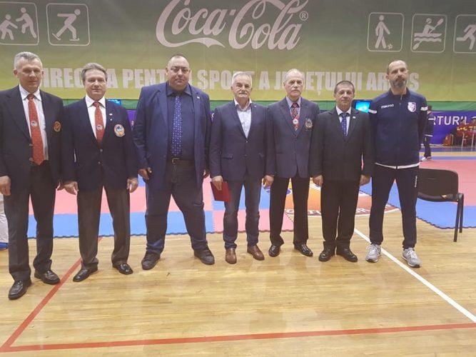 In perioada 29-31martie ,laSala Sporturilor din Pitesti,s-a desfasurat Campionatul National de Shotokan,sub egida Federatiei Mondiale WSF! Felicitari participantilor!